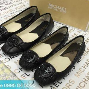 Giày Michael Kors - màu Đen