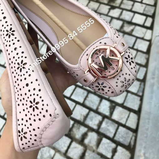 Giay Michael Kors Soft Pink Lasered