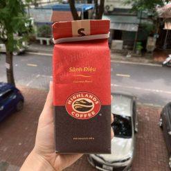 Cà phê Highlands Coffee sành điệu